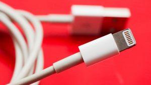 Hình ảnh image 1561429695 4 300x169 in Những sai lầm khi sạc pin cho iPhone mà nhiều người mắc phải